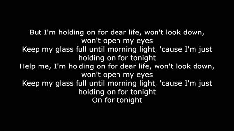 Chandelier - Sia (lyrics) - YouTube