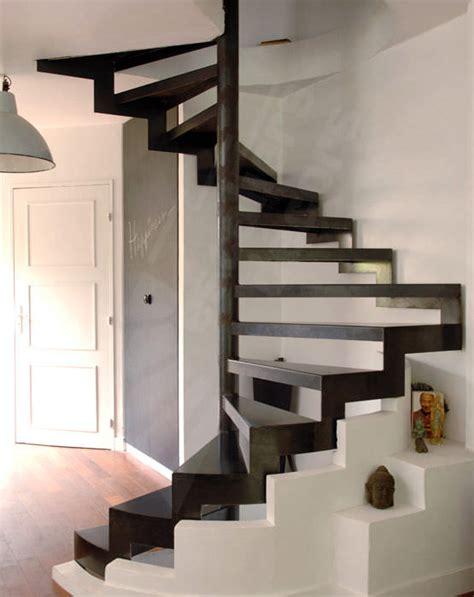 escalier escamotable largeur 80 cm lovely escalier 80 cm largeur 12 escaliers colimacon carres marches metalliques 58237 1823469