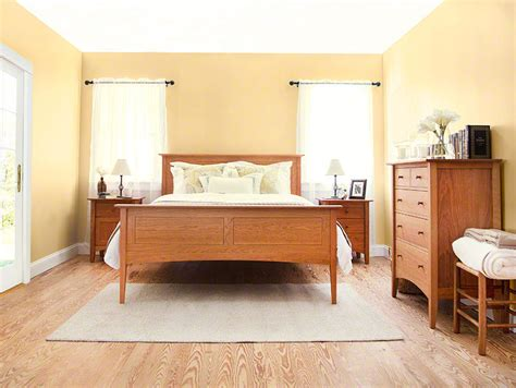 American Shaker Style Bedroom Furniture Set