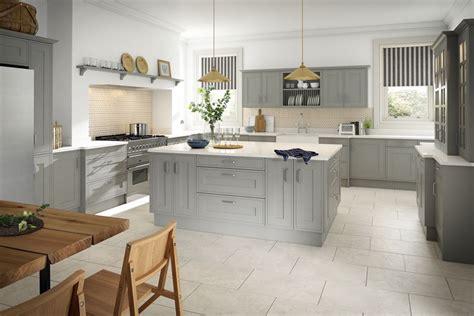 country kitchens uk edwardian painted light grey sheraton traditional 2941