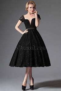 Petite Robe Noire : petite robe noire r tro vintage en dentelle d collet plongeant soir e ann e 50 pinterest ~ Maxctalentgroup.com Avis de Voitures