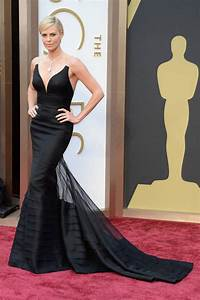 best dressed at the 2014 oscars With robe charlise
