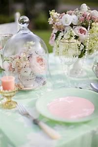 Nappe Rose Poudré : 10 id es de d coration de mariage tout en douceur pastel ~ Teatrodelosmanantiales.com Idées de Décoration