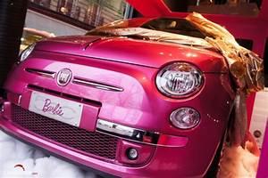 Configurer Fiat 500 : fiat 500 barbie le p re no l pour les femmes les voitures ~ Medecine-chirurgie-esthetiques.com Avis de Voitures