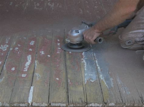 choosing   sander   deck refinishing job