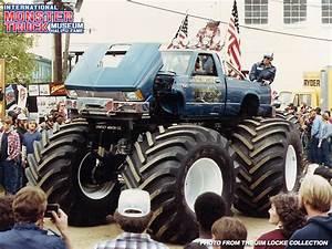 Lil' Bearfoot » International Monster Truck Museum & Hall ...