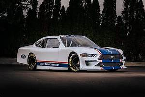 Ford reveals New NASCAR Xfinity Series Mustang