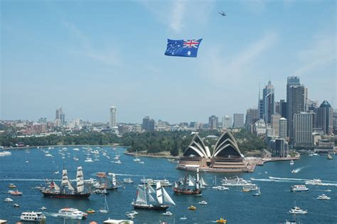 Sydney Boat Show Dates 2017 by Australia Day Sydney Harbour Lunch Cruise Kiama Scenic Tours