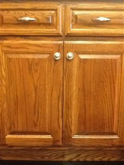 handles for oak kitchen cabinets 1000 images about st louis showrooms on 6985