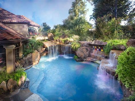 beautiful backyard  pool  amazing www