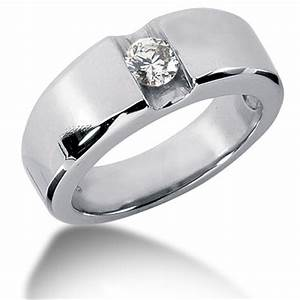 dont forget the wedding ring of your groom to be With grooms wedding ring