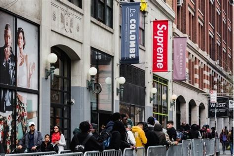 Supreme New York Store by Supreme Nyc Shopenauer