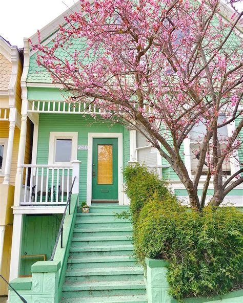 Vibrant Photos Of San Francisco's Candy-colored Houses