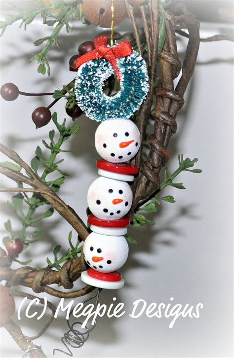 megpie designs beaded snowmen