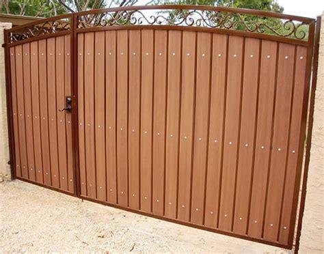 Iron & Wood Gates Phoenix