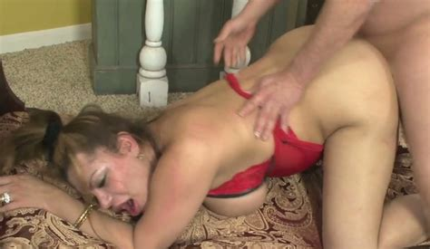 Fat Buxom Shemale Angela Bratzz Gets Ass Fucked By Her