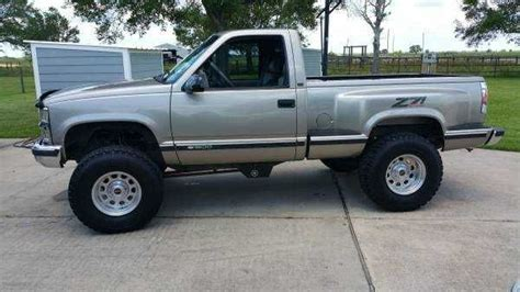 lifted chevy stepside   day  hours