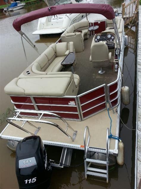 Deck Boat Tow Bar by Sylvan Pontoon Boats Brokerage8523 Mandalay Boattest