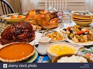 Abendessen Auf Englisch : thanksgiving truthahn abendessen auf tisch usa stockfoto bild 78250947 alamy ~ Somuchworld.com Haus und Dekorationen
