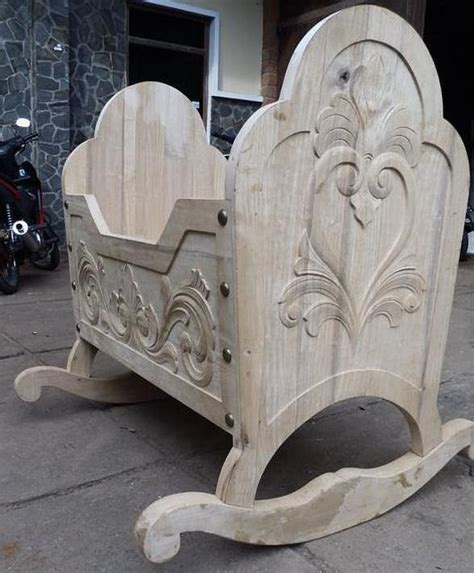 beautiful crib medieval  celtic decorating
