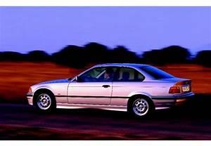 Longueur Bmw Serie 3 : fiche technique bmw serie 3 320i ann e 1992 ~ Maxctalentgroup.com Avis de Voitures