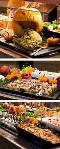 Buffet Halloween : 25 best ideas about halloween buffet on pinterest ~ Dode.kayakingforconservation.com Idées de Décoration