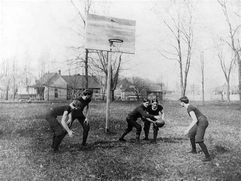 early days  basketball  southern illinois normal
