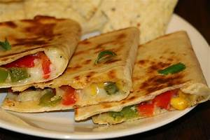 yummy delight for u: Vegetarian Quesadilla Recipe