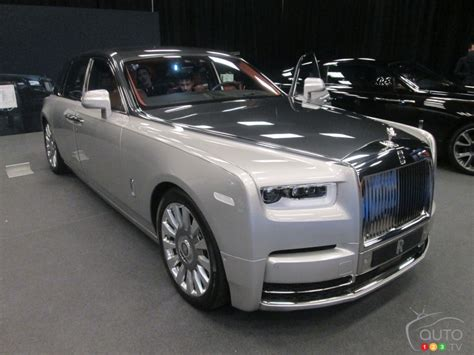 roll royce the rolls royce phantom in canadian premiere car