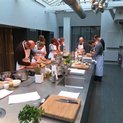 cuisine attitude by cyril lignac 3 cuisine du march 233 avec elsa les bonnes