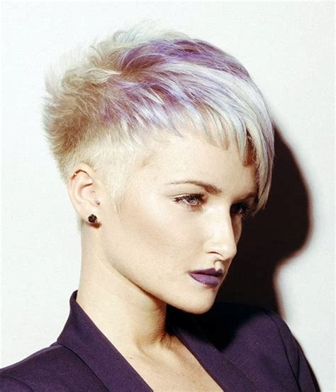40 Short Haircuts For Office Women To Try In 2017