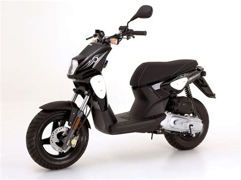 yamaha slider naked scooter pictures accident lawyers