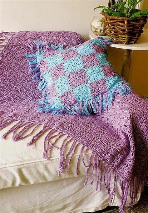 couverture canape la couverture au crochet pour votre ancien canapé