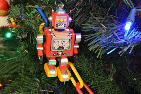 link tank bad christmas song   robot den  geek