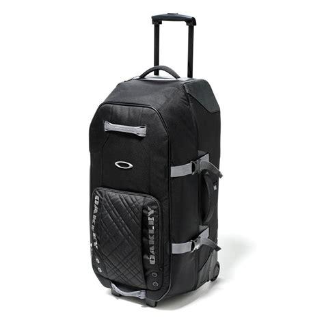 Oakley Large Roller Duffel Bag