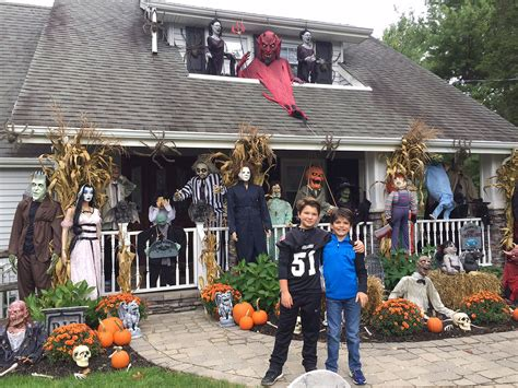 jersey town helps man decorate house  wifes