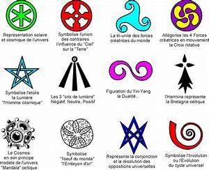 Symbole Mythologie Nordique : mati re et temps r alit g n rale de l 39 univers r g u l 39 univers est nombre triskele ~ Melissatoandfro.com Idées de Décoration