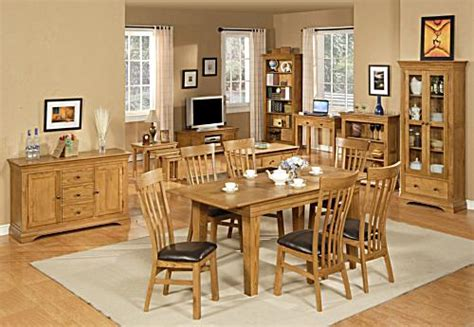 Is Oak Affecting You're The Way You Decorate Your Dining