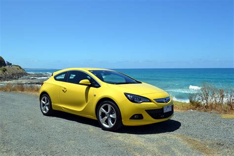Opel Astra 2013 by Opel Astra Review 2013 Astra Gtc Sport