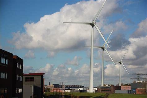Provincie Ziet Af Van Gedwongen Plaatsing Windmolens In