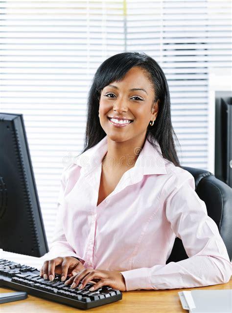 salope bureau femme au bureau salope