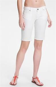 Paige Jax Stretch Denim Bermuda Shorts Optic White in (optic white) | Lyst
