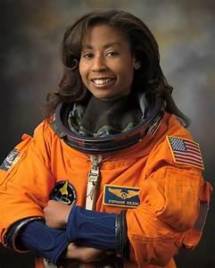 Stephanie Wilson - Wikipedia