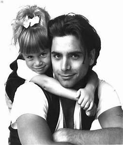 John Stamos & the Olsen Twins in Full House | 90's Babies ...