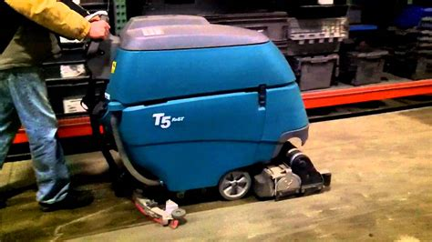 tennant floor scrubber australia tennant t5 floor scrubber dryer