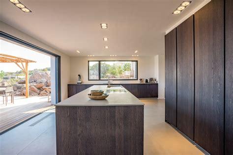 louer cuisine professionnelle palombaggia superbe villa neuve et moderne à louer
