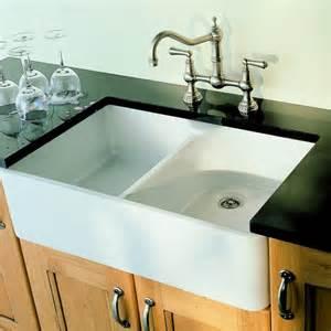 Farmhouse-Style Kitchen Sink