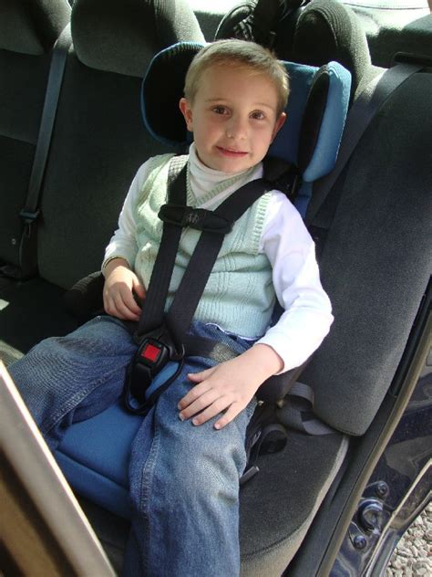 safety st  hybrid booster car seat protects  kids
