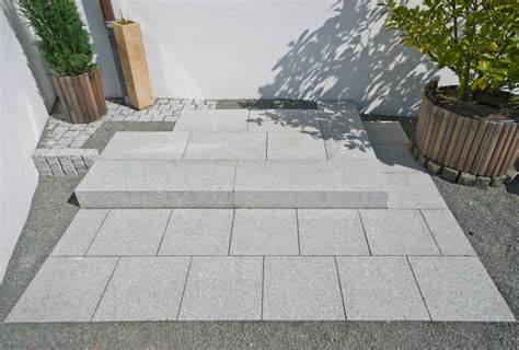 White Paving Stones by Bartels Marble And Granite Works Wedel Hamburg Kiel L 252 Beck