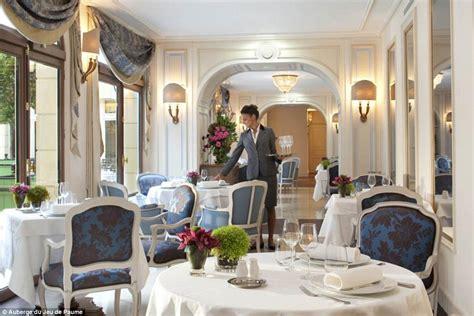 Le Jardin D Hiver Chantilly La Carte england confirm euro 2016 base is a 163 500 a night luxury
